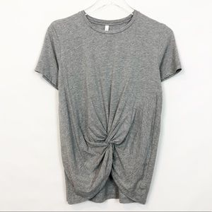 The Group by Babaton Foundation Knotted Tee Gray S